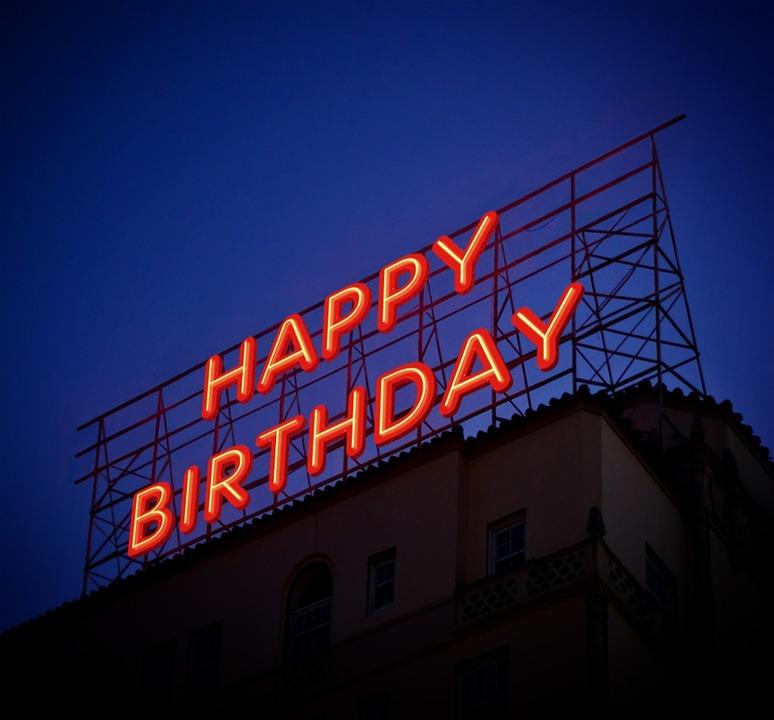 feliz cumpleaños rockero